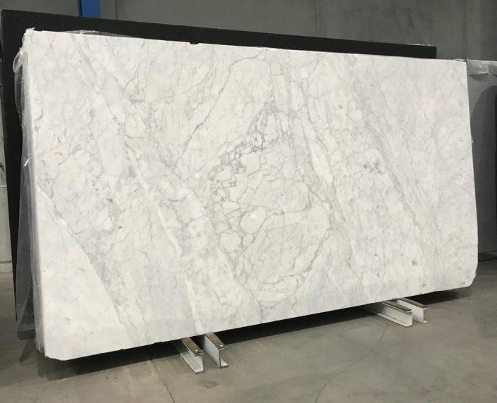 Carrara Extra #3876 - Victoria Stone Gallery