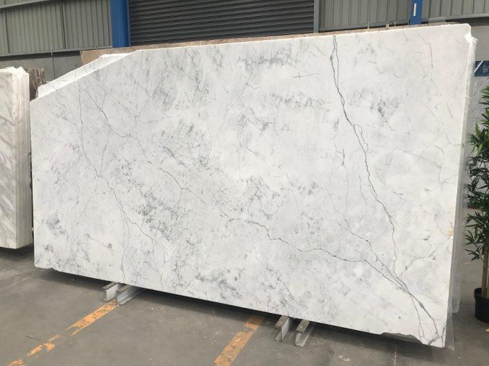 Carrara Statuarietto 56199 - Victoria Stone Gallery